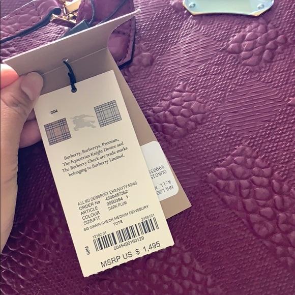 Burberry Handbags - NWT BURBERRY GRAINY CHECK LEATHER DEWSBURY TOTE